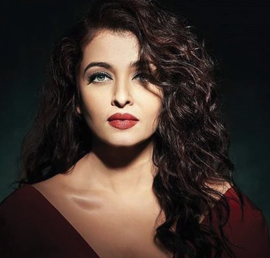 http://www.bollywood.pun.pl/_fora/bollywood/gallery/8_1554537201.png